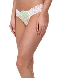 Hanky Panky Embroidery Low Rise Thong - Lyst