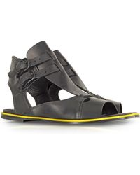 McQ by Alexander McQueen Erin Double Buckle Leather Flat Sandal - Lyst
