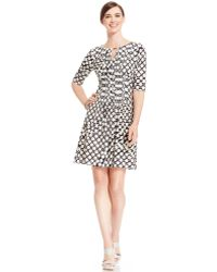 Tahari By Asl Petite Graphicprint Keyhole Dress - Lyst
