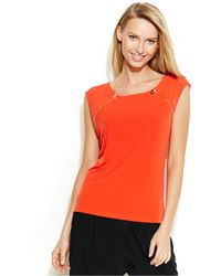 Calvin Klein Cap-Sleeve Zip-Detail Top red - Lyst