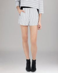 Maje Shorts Stripe - Lyst