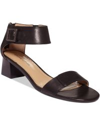 Adrienne Vittadini Black Chambray Sandals - Lyst