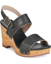 Timberland Women'S Earthkeepers Tilden Platform Wedge Sandals - Lyst