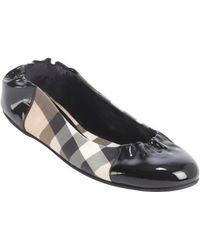 Burberry Black Patent Leather Accent Nova Check Coated Canvas Ballet Flats - Lyst
