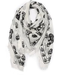 Alexander McQueen White and Black Woven Skull-printed Scarf - Lyst