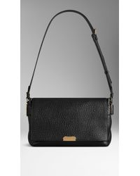 Burberry Signature Grained-Leather Shoulder Bag - Lyst