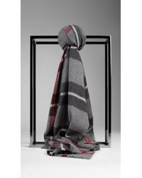 Burberry Check Merino Wool Scarf - Lyst