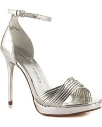 Chinese Laundry Silver Isabel - Lyst
