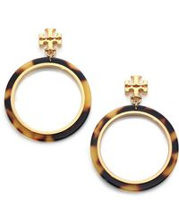 Tory Burch Tortoise-Print Circular Drop Earrings - Lyst