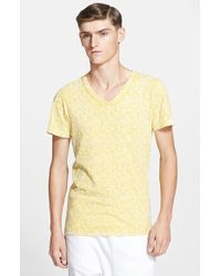 Balmain Script Print V-Neck T-Shirt - Lyst