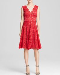 Vera Wang Dress - Scalloped Lace Fit and Flare - Lyst