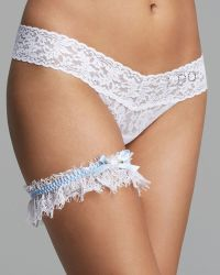 Hanky Panky Keepsake Garter And Tossing Garter Set - Lyst