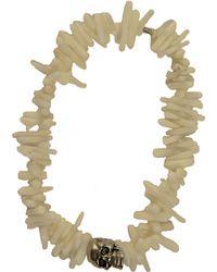 Duchess Of Malfi White Coral Shell Skull Bracelet white - Lyst