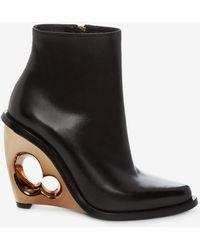 Alexander McQueen - Sculpted Wedge Boot - Lyst