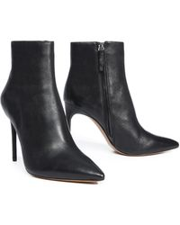 Alice + Olivia - Celyn Leather Bootie - Lyst