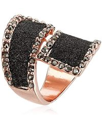 Guess - Glitter And Stone Bypass Wrap Rose Gold Ring, Size 7 - Lyst