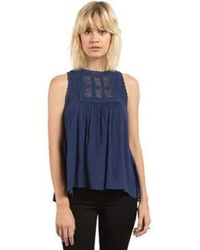 Volcom - Crunchroll Mock Collared Sleeveless Top - Lyst