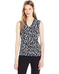 4353a59e5604e7 Calvin Klein - Sleeveless Matte Jersey Cami In Knot Neck In Geometric Print  - Lyst
