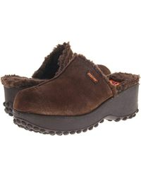 Rocket Dog - Fran (chocolate Nubuck) Women's Clog Shoes - Lyst