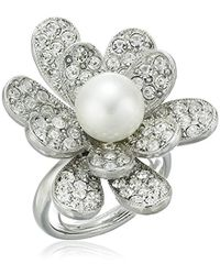 Kenneth Jay Lane - Rhodium And Rhinestone With Pearl Center Flower Ring - Lyst