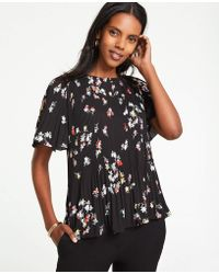 Ann Taylor - Meadow Floral Pleated Top - Lyst