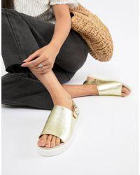 Monki - Metallic Flatform Sandals In Gold - Lyst