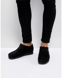 Clarks - Wallabee Lace Up Shoes In Black Suede - Lyst
