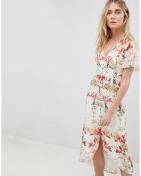 Hope and Ivy - Hope & Ivy Button Front Flutter Sleeve Midi Dress In Mirrored Floral Print - Lyst