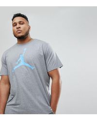 Nike - Nike Plus T-shirt With Large Logo In Grey 908017-091 - Lyst