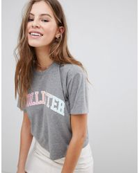Hollister - Cropped Baby Logo T-shirt With Sports Tipping - Lyst