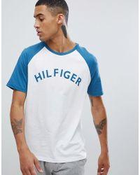 Tommy Hilfiger - Logo Raglan Baseball T-shirt In White/blue - Lyst