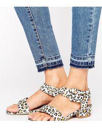 The March - Leopard Print Flat Sandals - Lyst