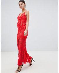 Love Triangle - Vestido largo de encaje con volantes y parte posterior cruzada en rojo de - Lyst