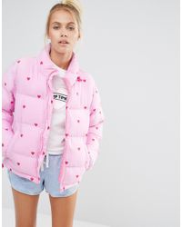 Lazy Oaf - Short Padded Jacket With All Over Heart Print - Pink - Lyst
