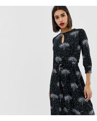Warehouse - Dress With Keyhole Detail In Star Tree Print - Lyst