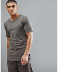 1585a125 Nike - Utility Fitted T-shirt In Brown Aa1591-202 - Lyst