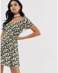 a995b6bd9e52 Motel Smock Dress With Ribbon Tie Neck In Linear Floral in Natural ...