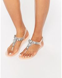 Lipsy - Gloss Nude Embellished Jelly Thongs - Lyst