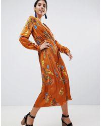 Liquorish - Printed Satin Midi Dress With Pleated Skirt - Lyst