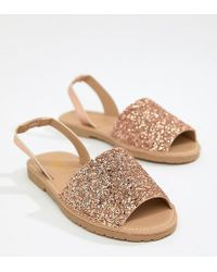 Truffle Collection - Flat Sandals - Lyst