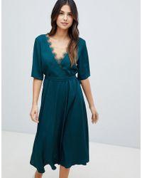 Liquorish - Midi Dress With Lace Trim - Lyst