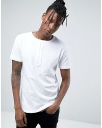Avior - T-shirt With Chest Detail - Lyst