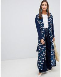 Soaked In Luxury - Floral Kimono With Contrast Sleeves - Lyst