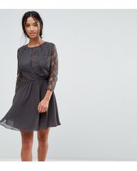 Elise Ryan Petite - Ruched Waist Lace Midi Dress With 3/4 Length Sleeve - Lyst