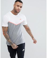 Nike - Windrunner T-shirt In Grey Ah8655-100 - Lyst