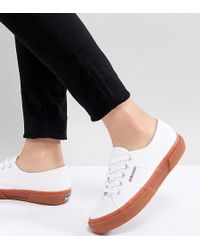 Superga - 2750 Classic Canvas Trainers In White With Gum Sole - Lyst