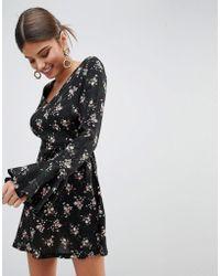 Missguided - Printed V Neck Dress - Lyst