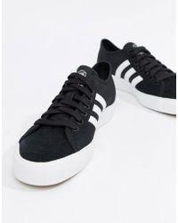 lyst adidas originals matchcourt sneakers in schwarz cg4507 in schwarz