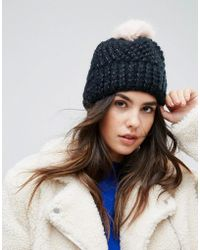 Soft Knitted Beanie Hat With Contrast Pom Pom - Black pink Urban Code CSzbPuL4