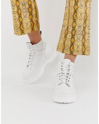 Dr. Martens - Zuma Flat Leather Boots In White - Lyst